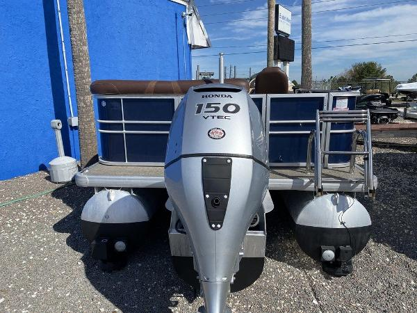 2017 Starcraft boat for sale, model of the boat is C23 & Image # 9 of 9
