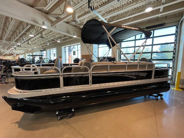 2021 Ranger Boats boat for sale, model of the boat is 200F & Image # 1 of 49