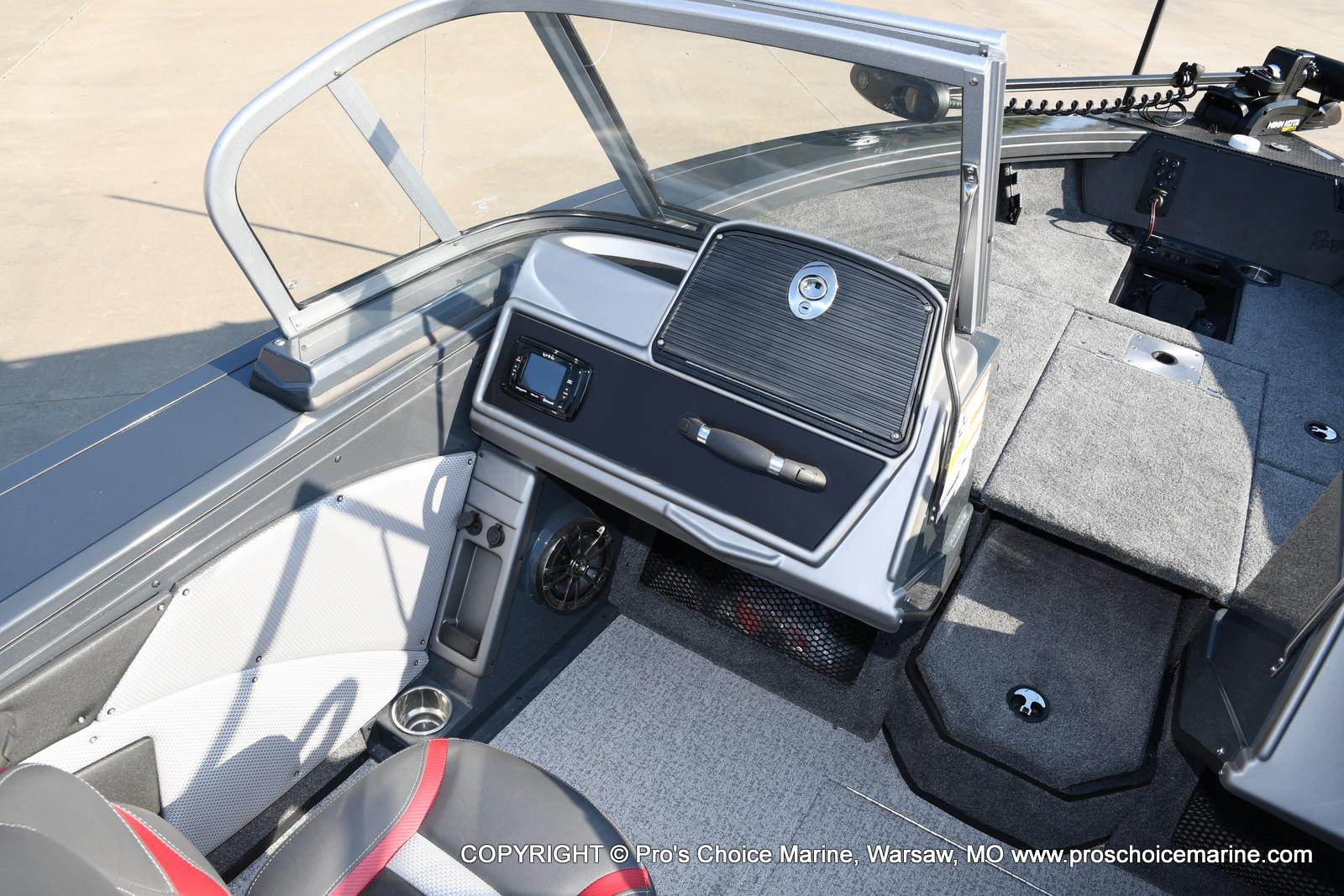 2021 Ranger Boats boat for sale, model of the boat is VX1888 WT w/150HP Pro-XS 4 Stroke & Image # 10 of 50