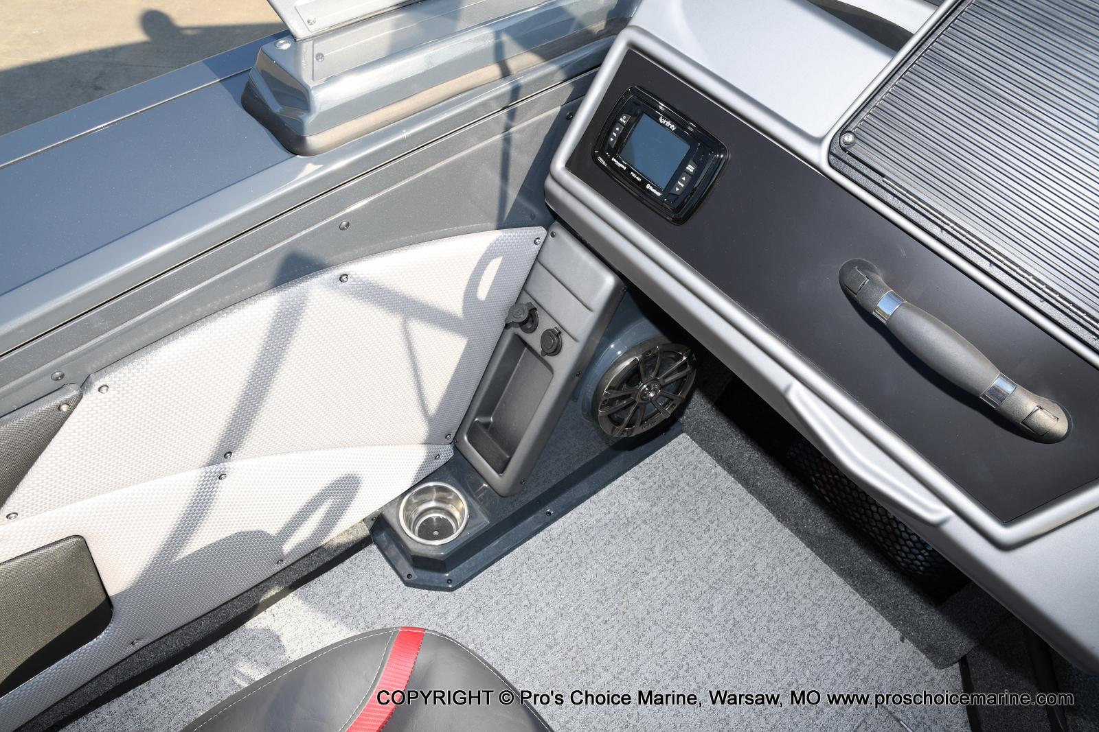 2021 Ranger Boats boat for sale, model of the boat is VX1888 WT w/150HP Pro-XS 4 Stroke & Image # 19 of 50
