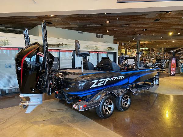 2021 Nitro boat for sale, model of the boat is Z21 & Image # 3 of 38