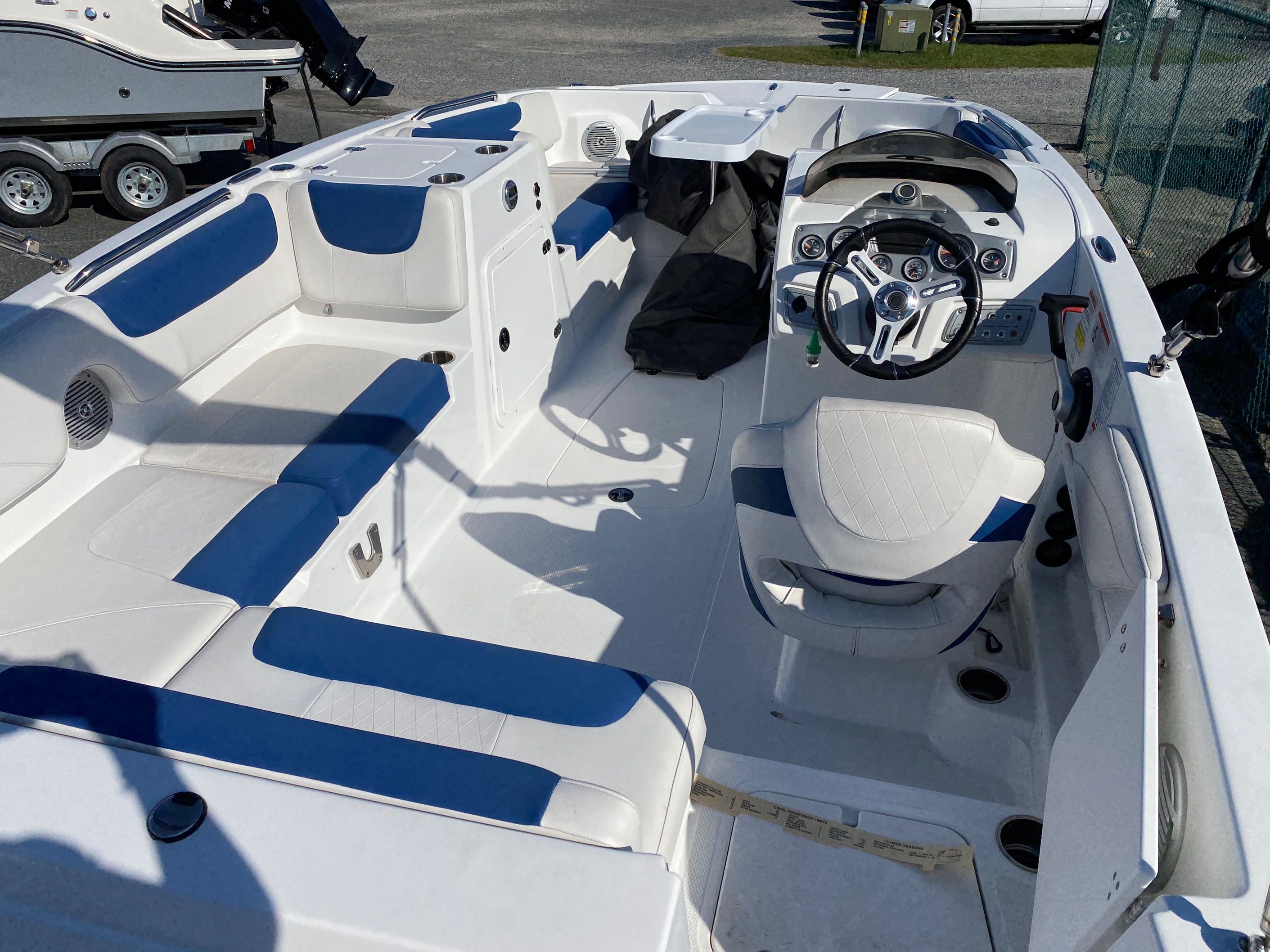 2017 Tahoe boat for sale, model of the boat is 2150 & Image # 5 of 12