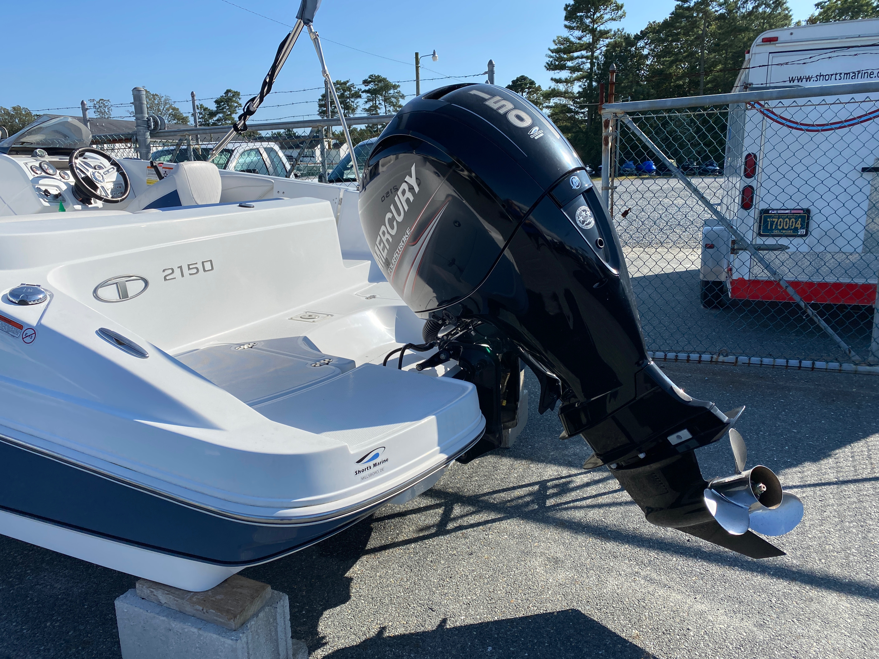 2017 Tahoe boat for sale, model of the boat is 2150 & Image # 8 of 12