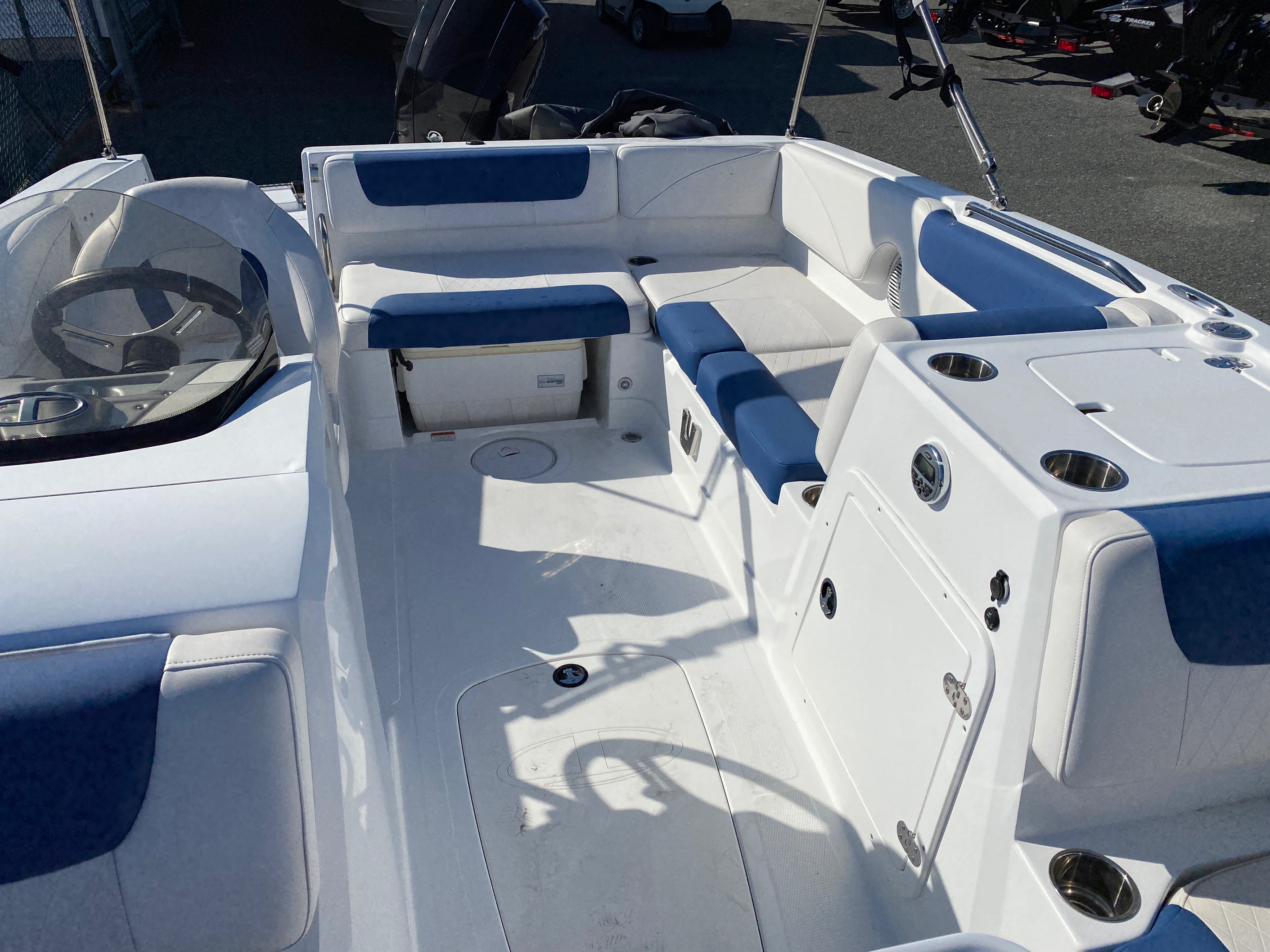 2017 Tahoe boat for sale, model of the boat is 2150 & Image # 11 of 12