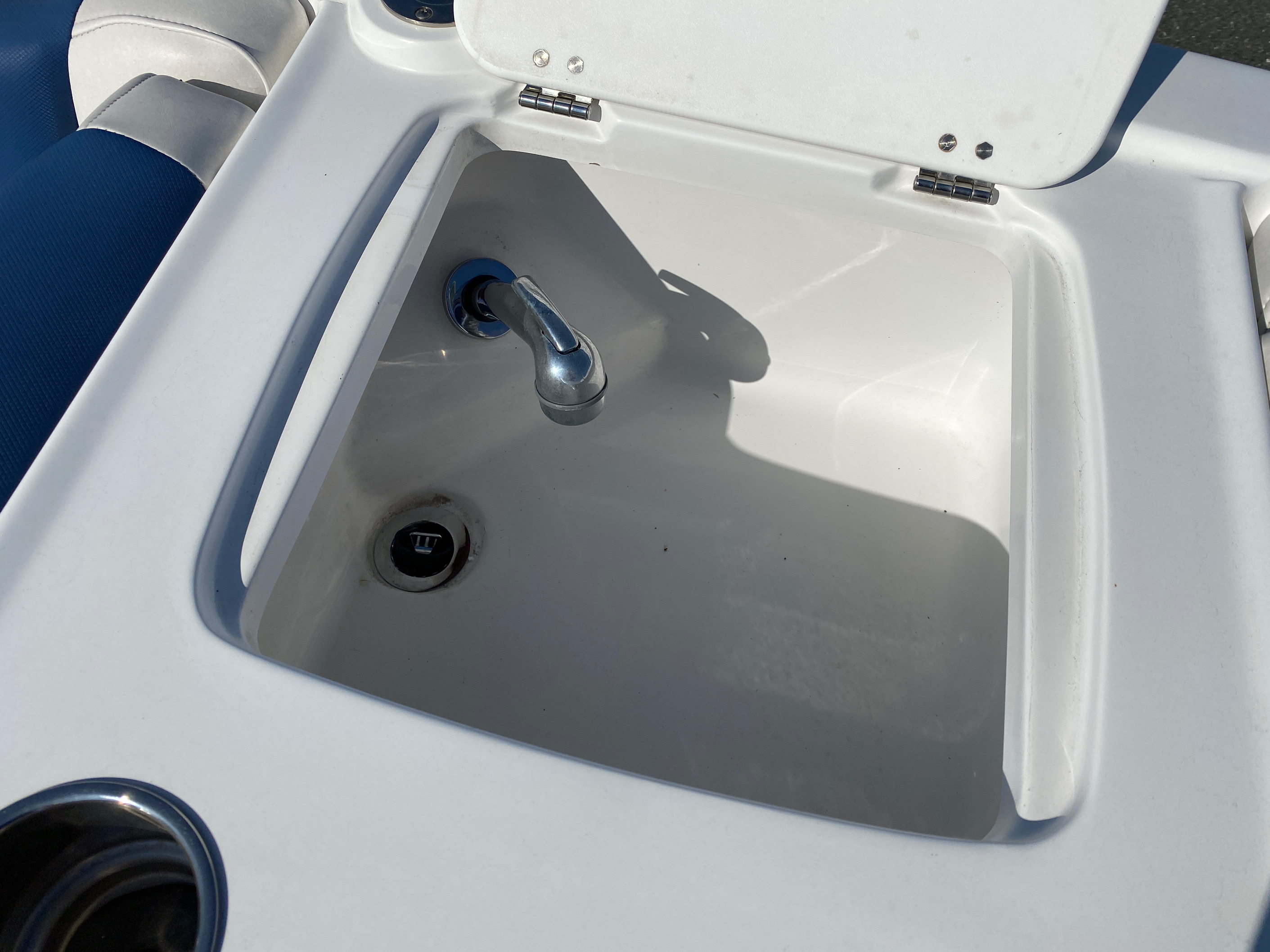 2017 Tahoe boat for sale, model of the boat is 2150 & Image # 12 of 12