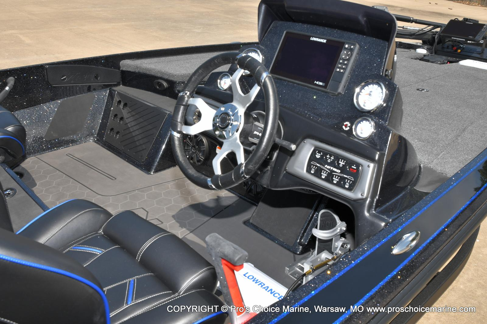 2022 Nitro boat for sale, model of the boat is Z20 PRO PACKAGE & Image # 10 of 50