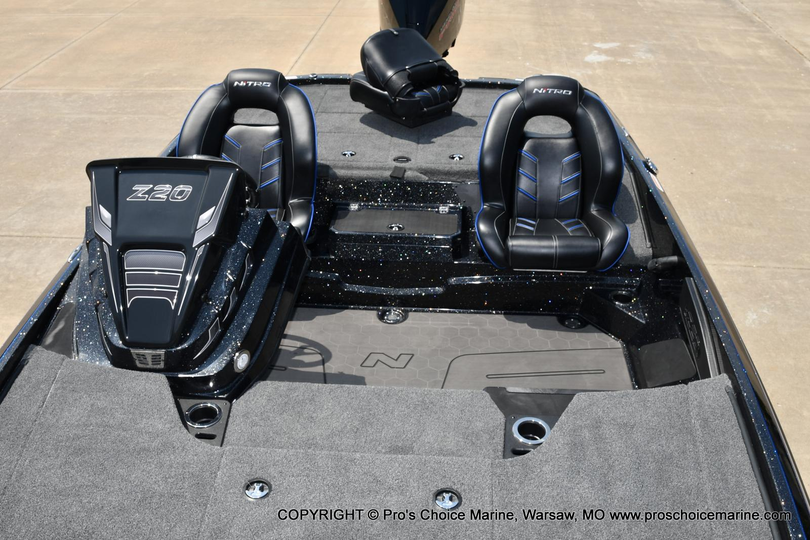 2022 Nitro boat for sale, model of the boat is Z20 PRO PACKAGE & Image # 13 of 50