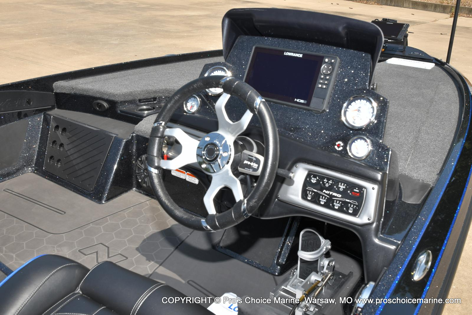 2022 Nitro boat for sale, model of the boat is Z20 PRO PACKAGE & Image # 18 of 50