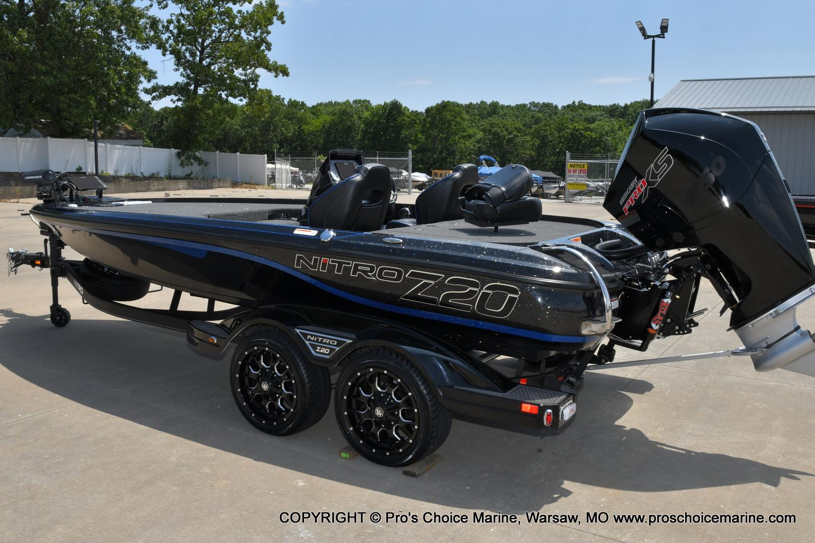 2022 Nitro boat for sale, model of the boat is Z20 PRO PACKAGE & Image # 4 of 50