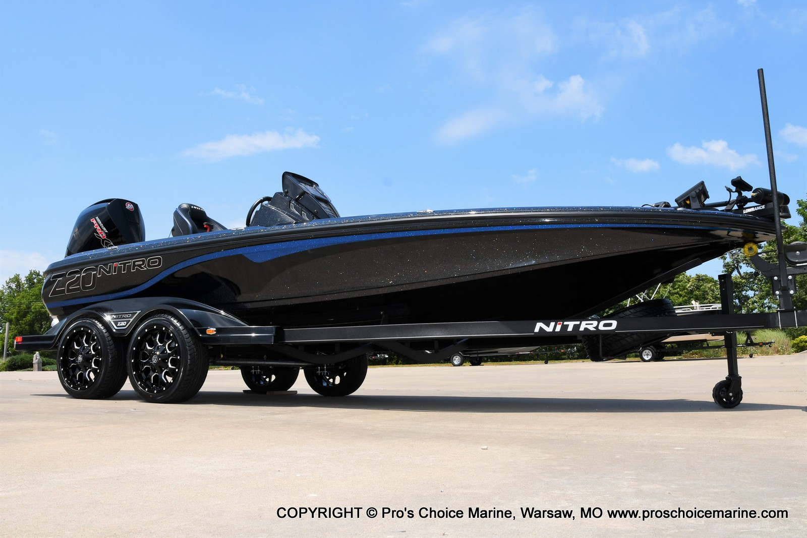 2022 Nitro boat for sale, model of the boat is Z20 PRO PACKAGE & Image # 1 of 50