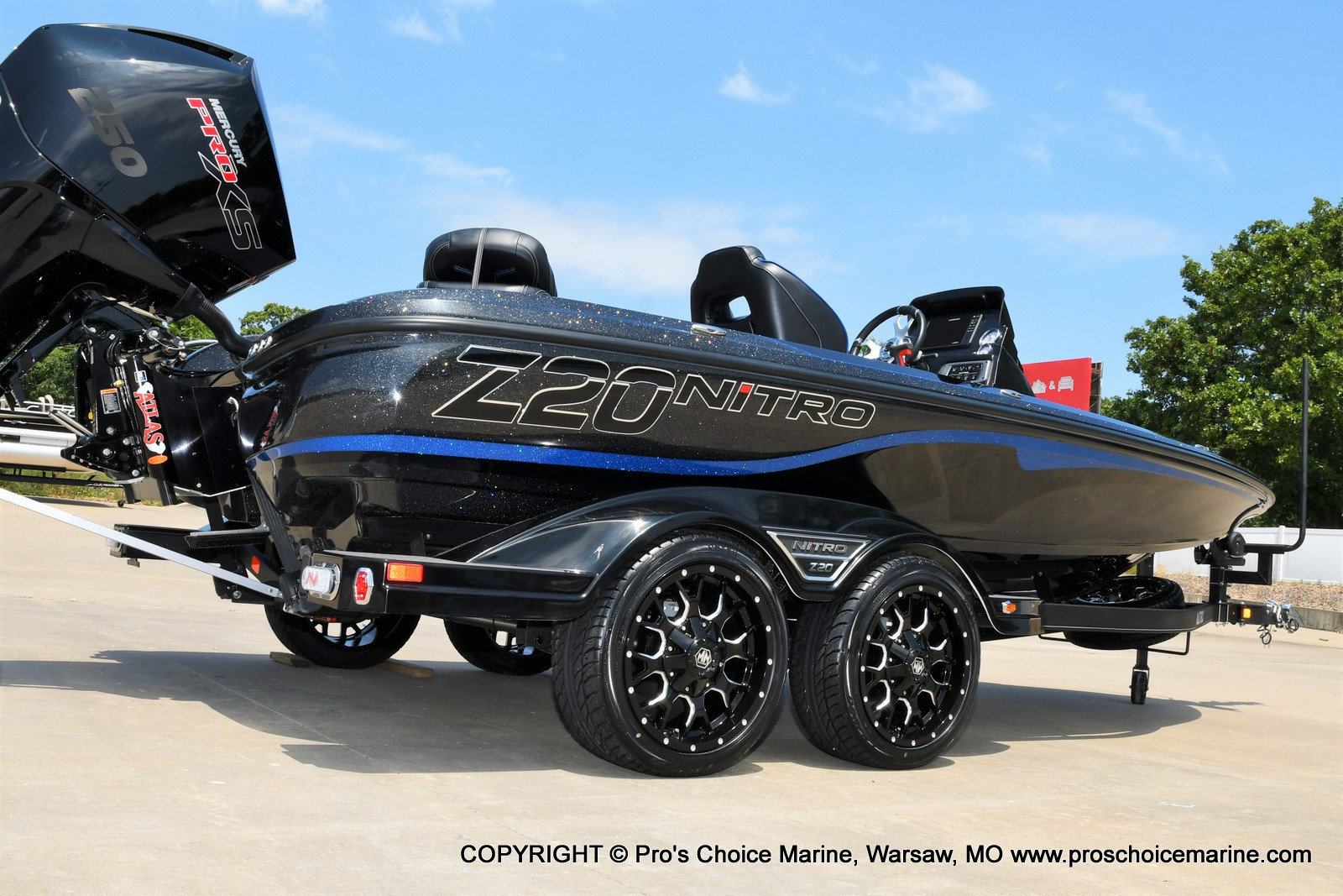 2022 Nitro boat for sale, model of the boat is Z20 PRO PACKAGE & Image # 2 of 50