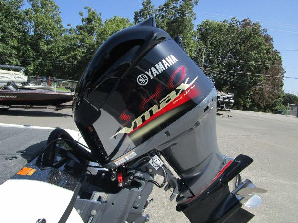 2021 Skeeter boat for sale, model of the boat is ZXR 20 & Image # 19 of 31