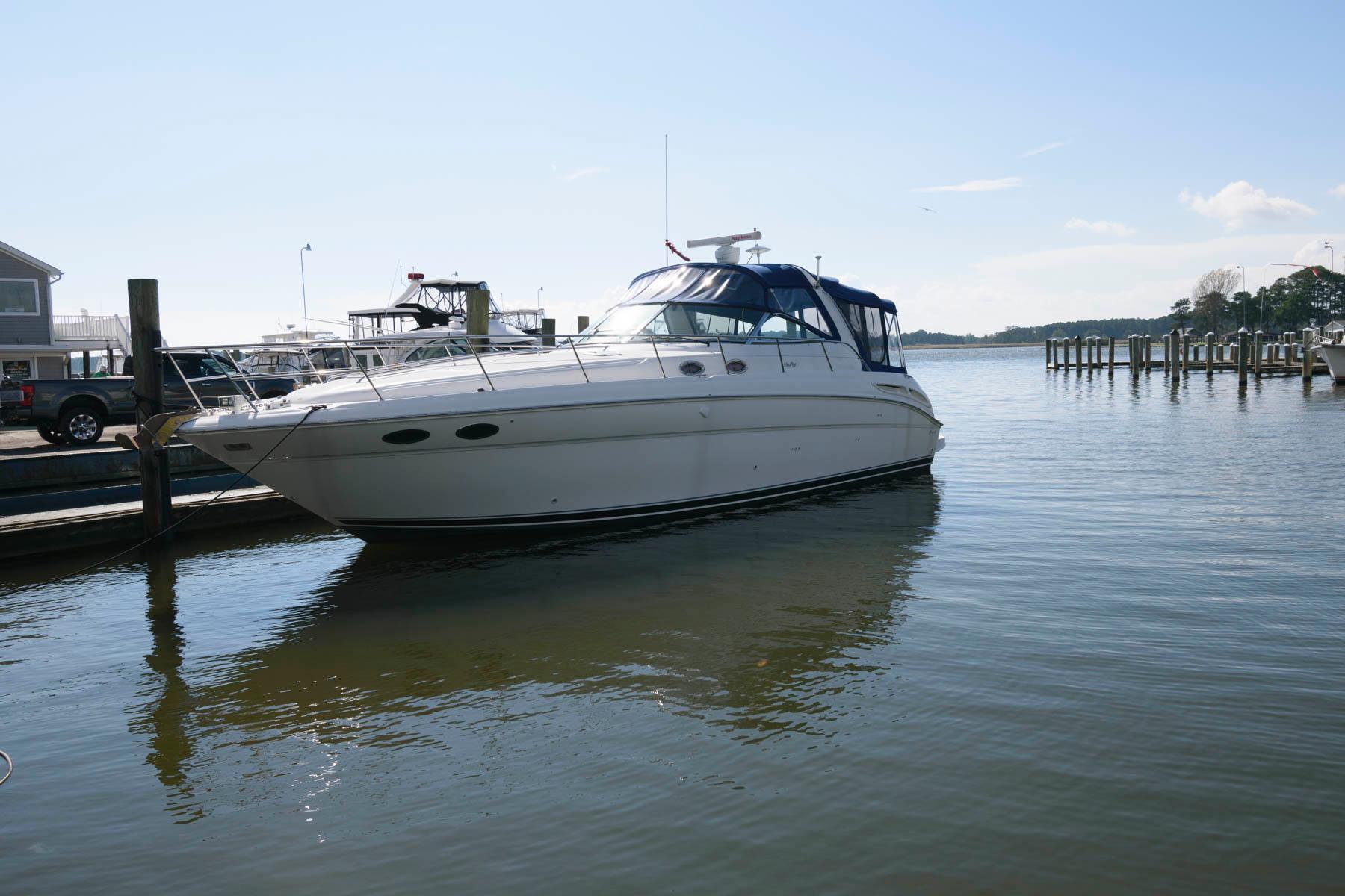 M 5989 JP Knot 10 Yacht Sales