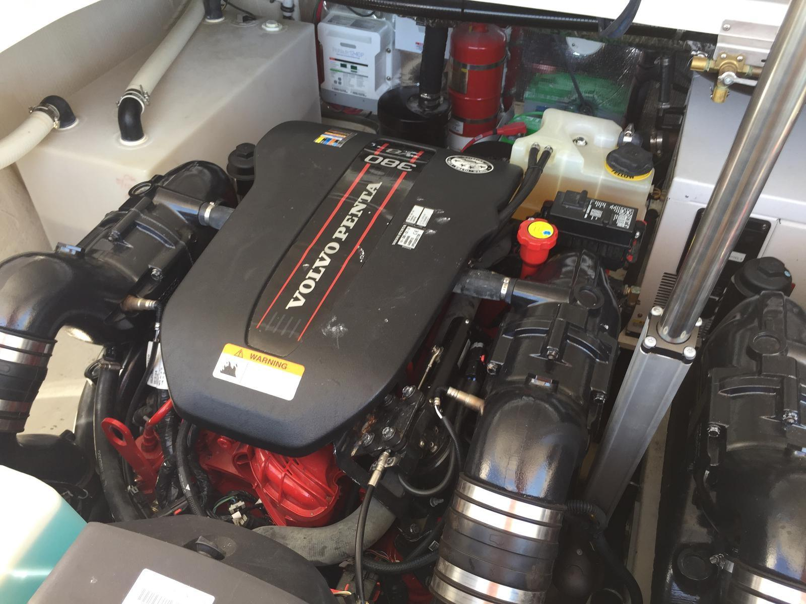 Regal 35 Sport Coupe - Upgrade Volvo Engines