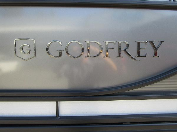2021 Godfrey Pontoon boat for sale, model of the boat is Monaco 235 SFL GTP 27 in. & Image # 6 of 32