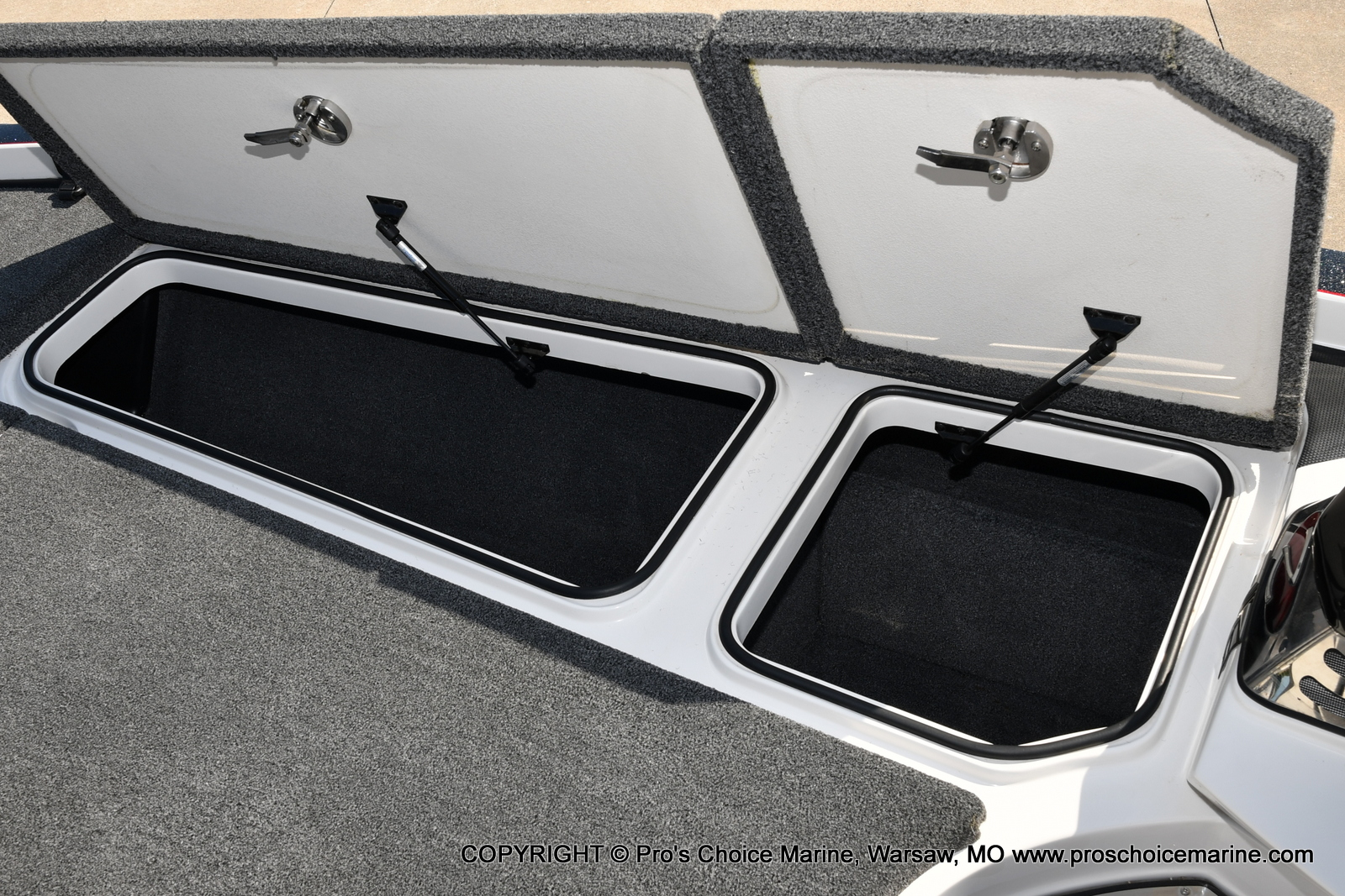 2019 Ranger Boats boat for sale, model of the boat is Z521C Ranger Cup Equipped & Image # 11 of 50