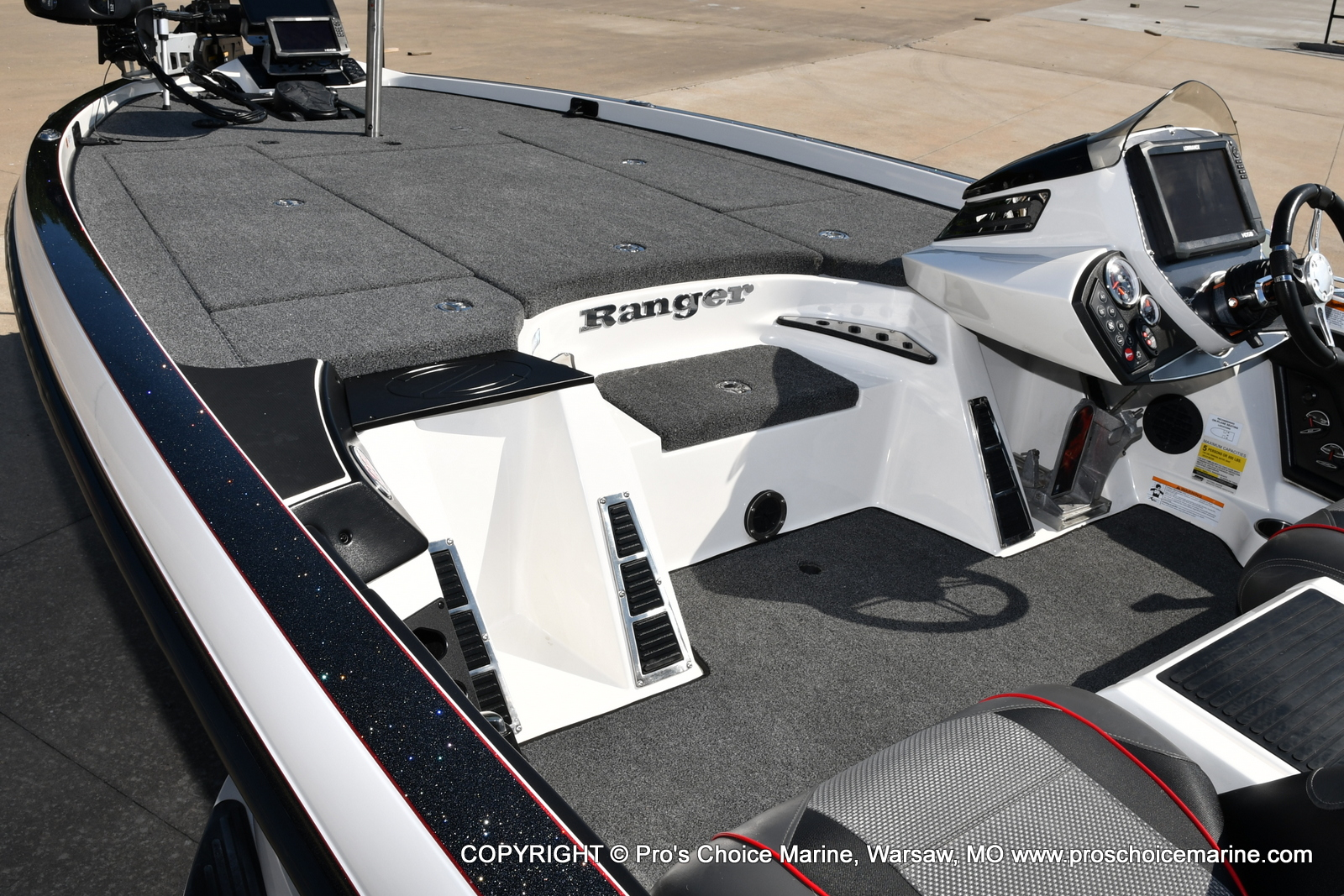 2019 Ranger Boats boat for sale, model of the boat is Z521C Ranger Cup Equipped & Image # 33 of 50
