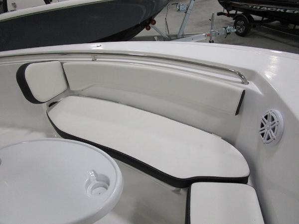 2021 Tidewater boat for sale, model of the boat is 220 LXF & Image # 7 of 48