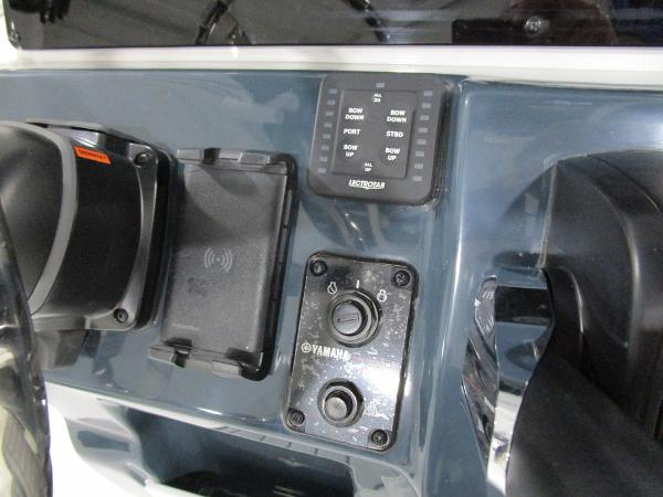 2021 Tidewater boat for sale, model of the boat is 220 LXF & Image # 33 of 48