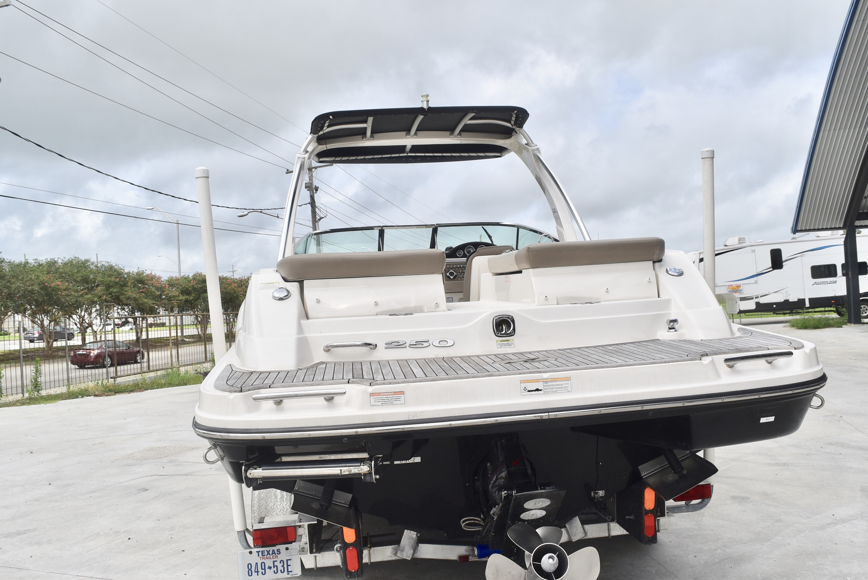 2013 Sea Ray boat for sale, model of the boat is 250 & Image # 5 of 10