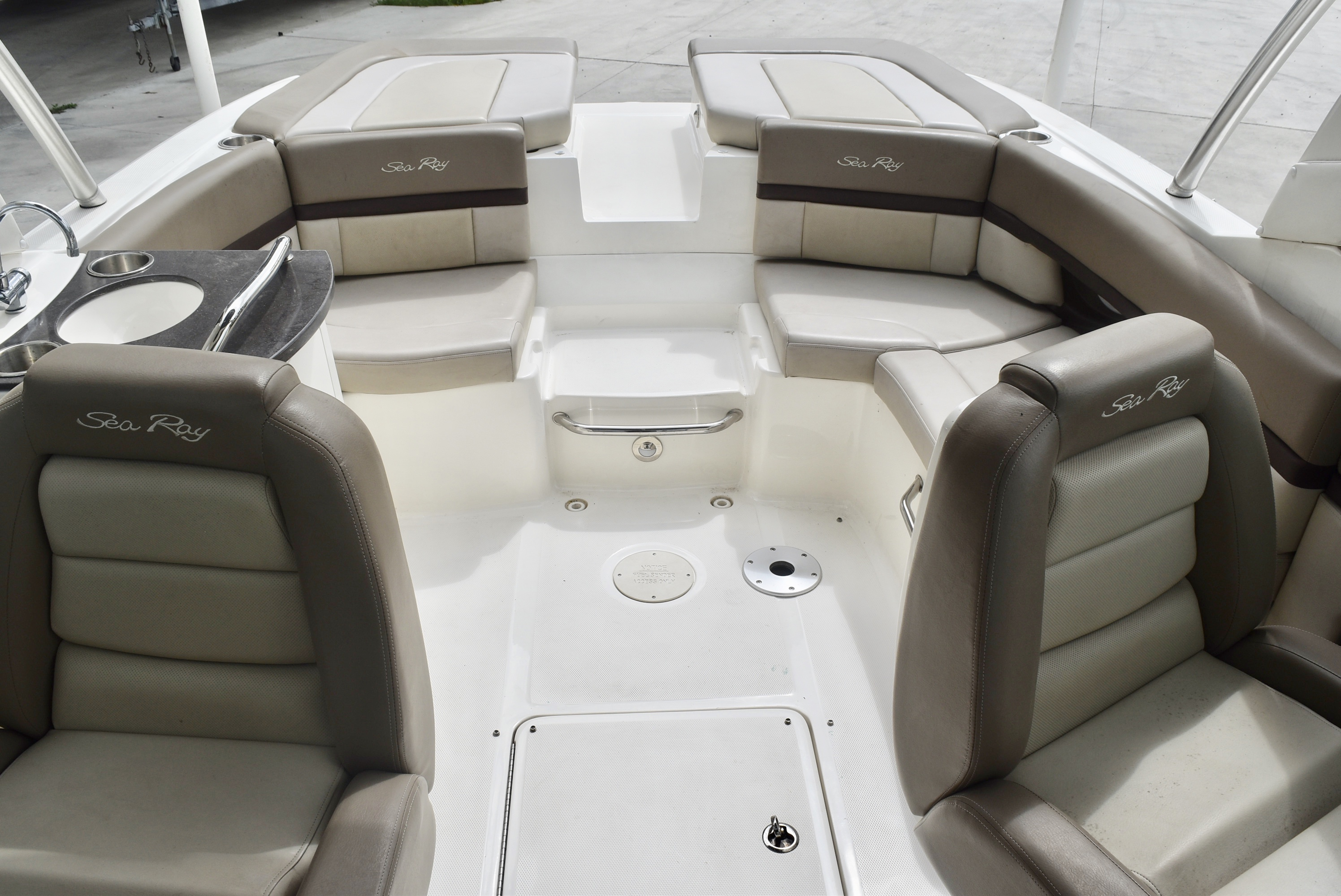2013 Sea Ray boat for sale, model of the boat is 250 & Image # 10 of 10