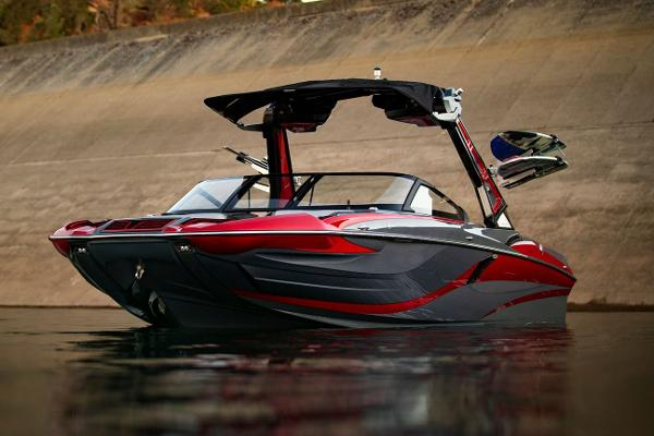 2021 Centurion boat for sale, model of the boat is Fi23 & Image # 5 of 10