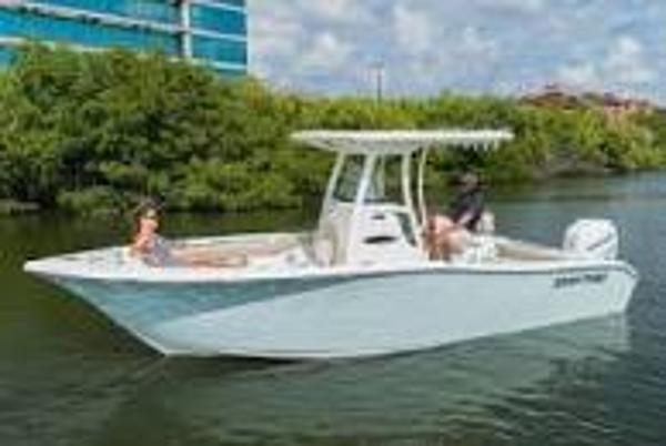 2021 Sea Pro 2400SC Deck Boat