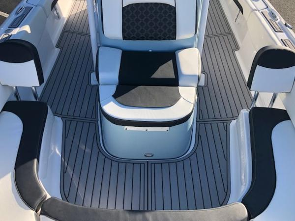 2021 Tidewater boat for sale, model of the boat is 2700 Carolina Bay & Image # 9 of 36