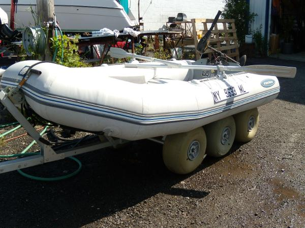 2012 West Marine boat for sale, model of the boat is HP-310 & Image # 2 of 4