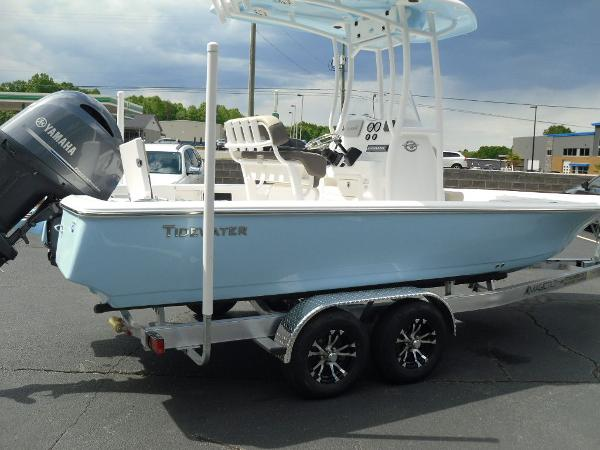 2021 Tidewater boat for sale, model of the boat is 2110 Bay Max & Image # 6 of 11