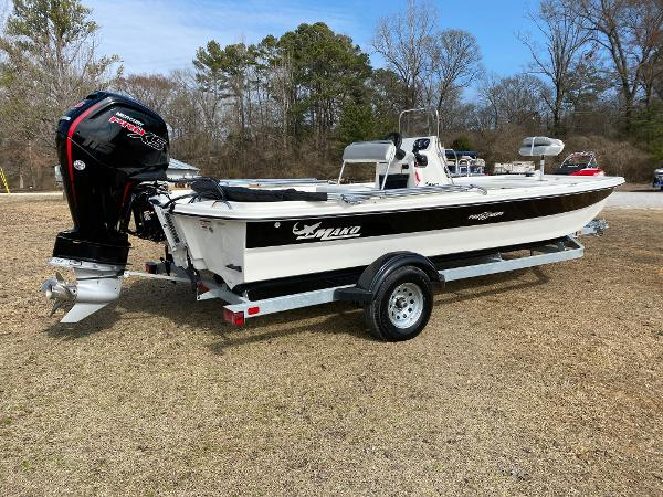 2021 Mako boat for sale, model of the boat is Pro Skiff 19 CC & Image # 2 of 17