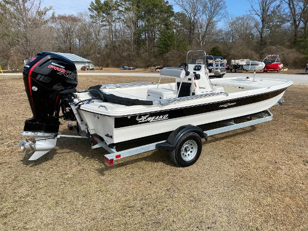 2021 Mako boat for sale, model of the boat is Pro Skiff 19 CC & Image # 3 of 17
