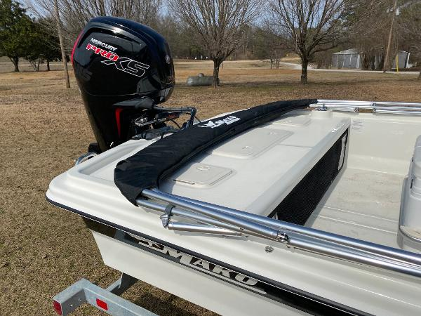 2021 Mako boat for sale, model of the boat is Pro Skiff 19 CC & Image # 8 of 17