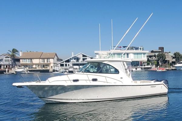 2013 Pursuit 315 Offshore