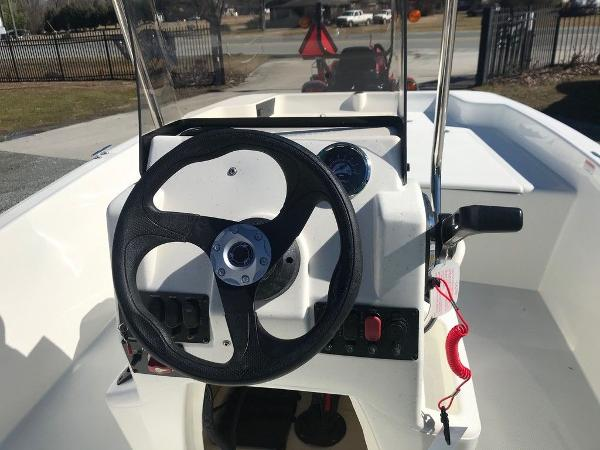 2021 Mako boat for sale, model of the boat is Pro Skiff 17 CC & Image # 12 of 18