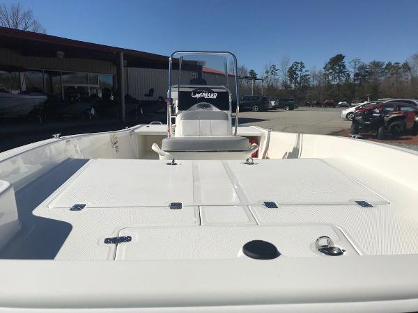 2021 Mako boat for sale, model of the boat is Pro Skiff 17 CC & Image # 14 of 18