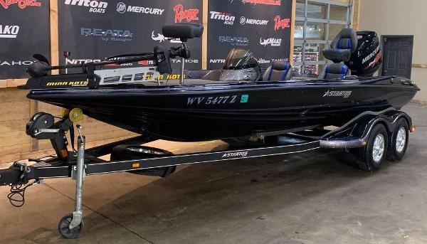 2016 Stratos boat for sale, model of the boat is 201 XL Evolution & Image # 2 of 13