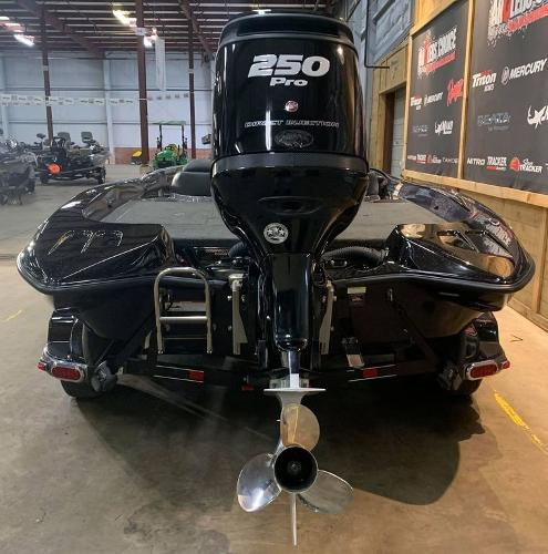 2016 Stratos boat for sale, model of the boat is 201 XL Evolution & Image # 5 of 13