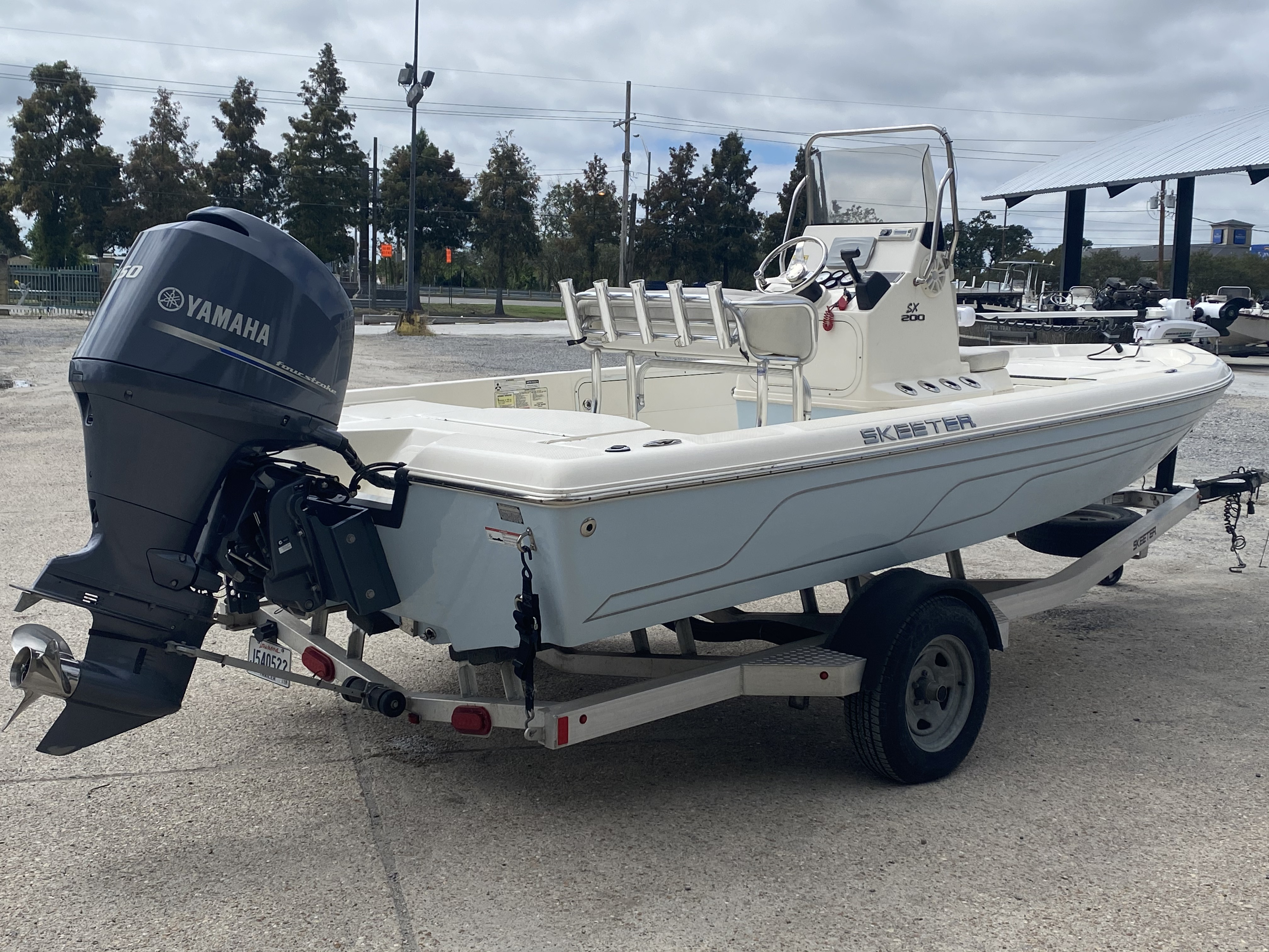 2016 Skeeter boat for sale, model of the boat is SX200 & Image # 4 of 19