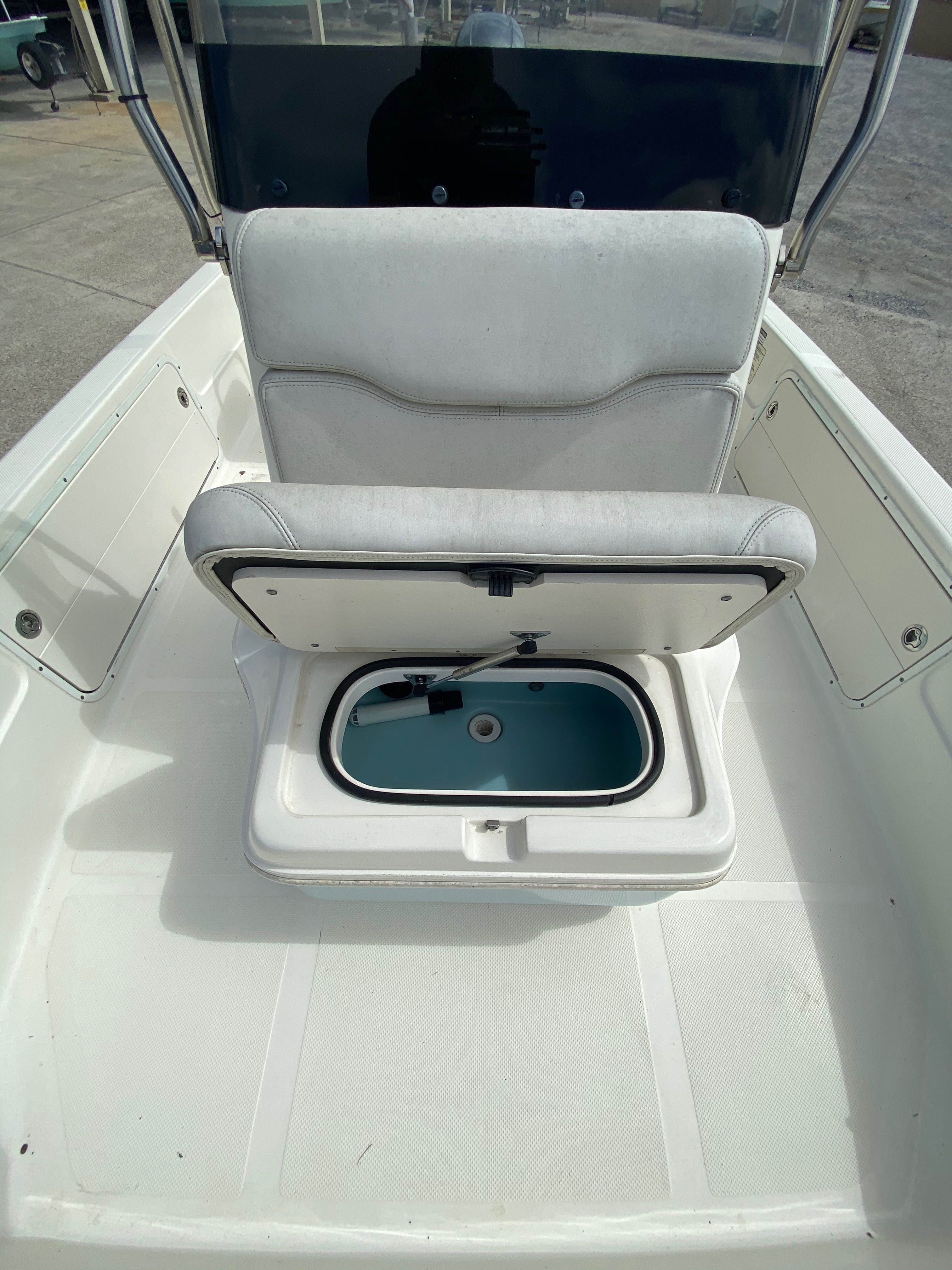 2016 Skeeter boat for sale, model of the boat is SX200 & Image # 6 of 19