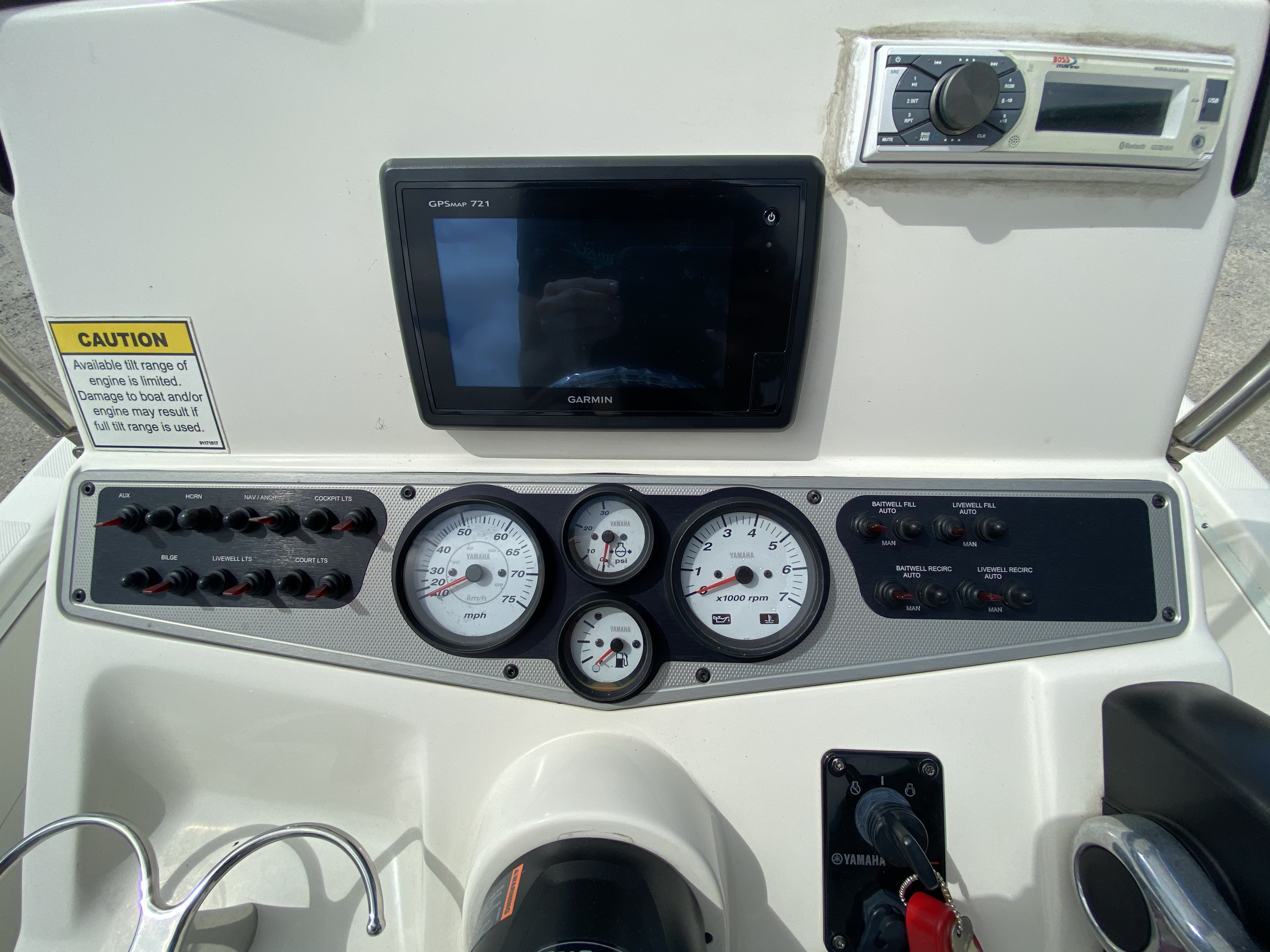 2016 Skeeter boat for sale, model of the boat is SX200 & Image # 8 of 19