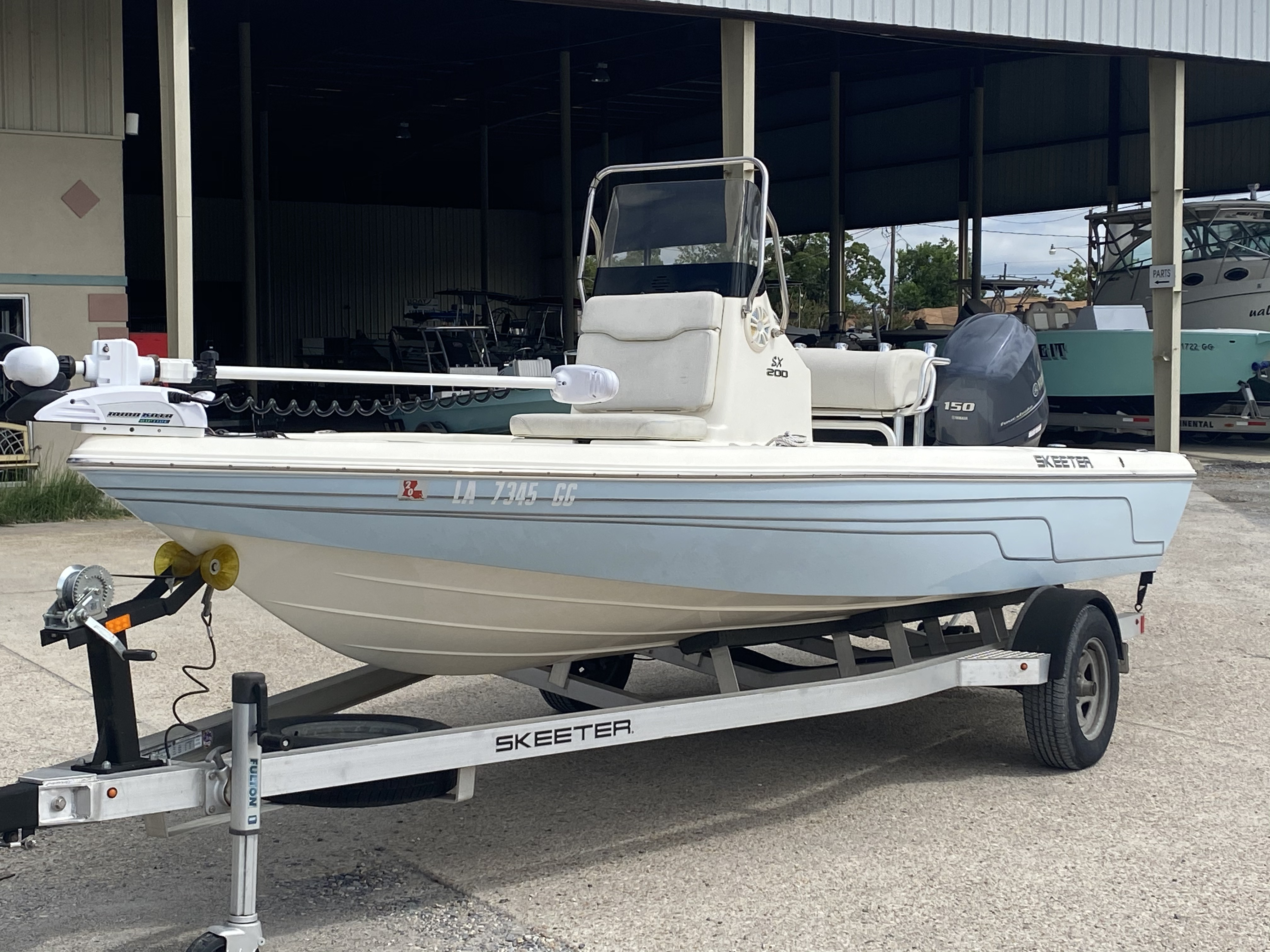 2016 Skeeter boat for sale, model of the boat is SX200 & Image # 9 of 19