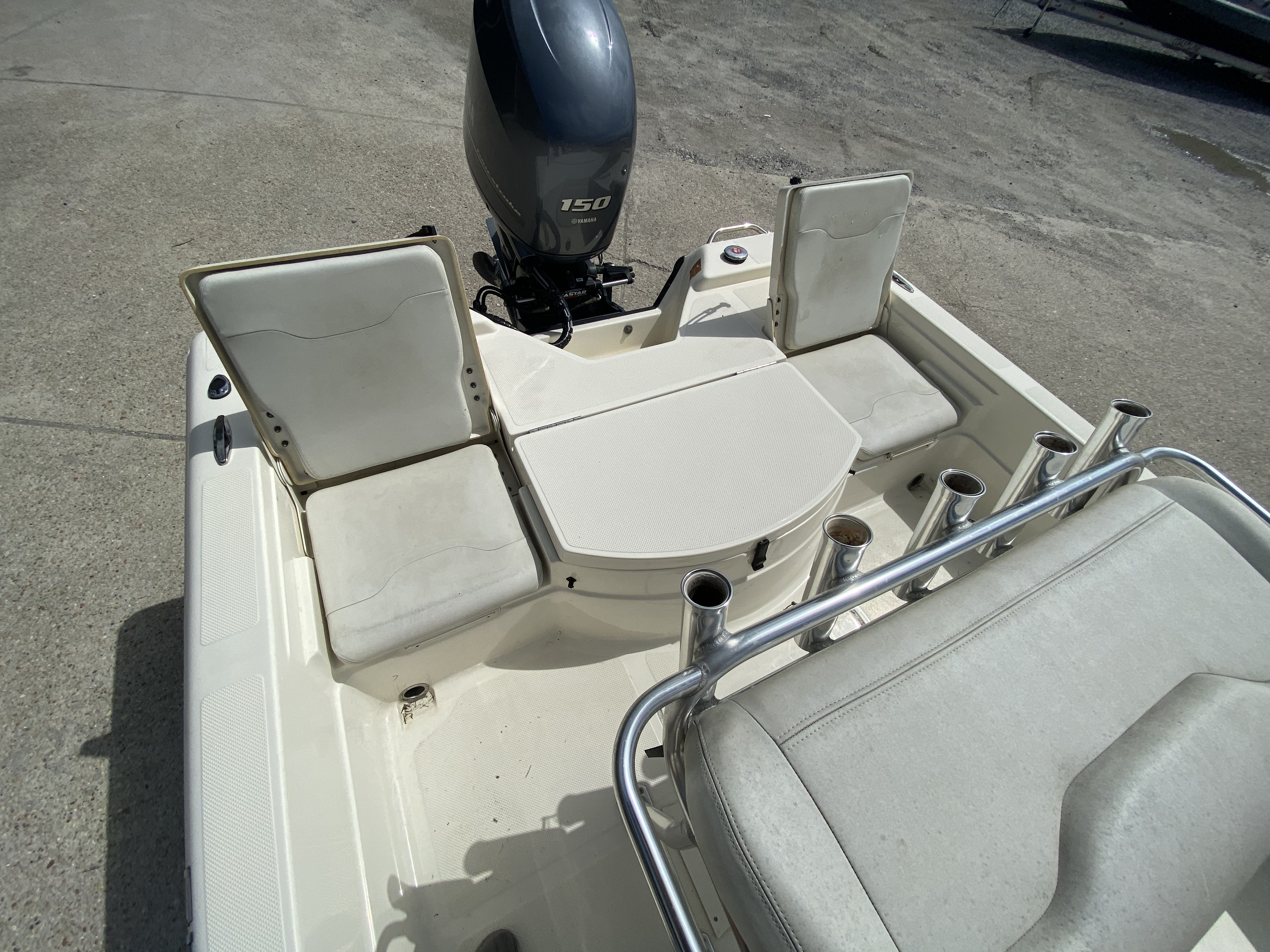 2016 Skeeter boat for sale, model of the boat is SX200 & Image # 16 of 19