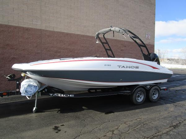 2021 Tahoe boat for sale, model of the boat is 2150 & Image # 2 of 24