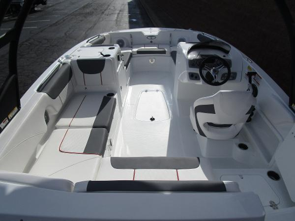 2021 Tahoe boat for sale, model of the boat is 2150 & Image # 7 of 24