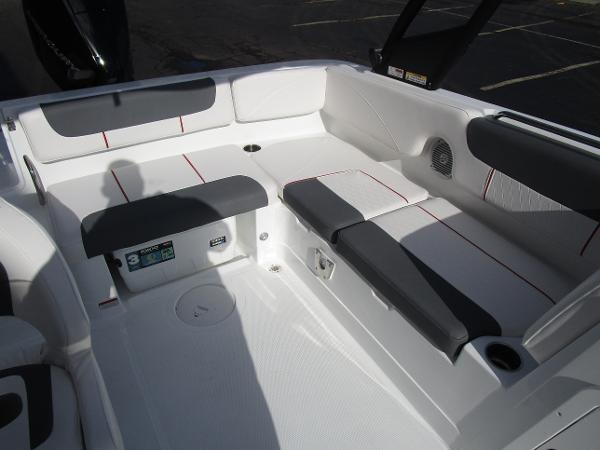 2021 Tahoe boat for sale, model of the boat is 2150 & Image # 8 of 24