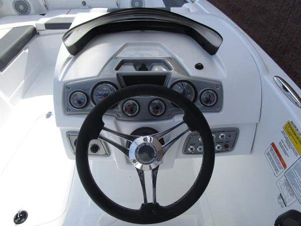 2021 Tahoe boat for sale, model of the boat is 2150 & Image # 13 of 24