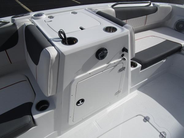 2021 Tahoe boat for sale, model of the boat is 2150 & Image # 14 of 24