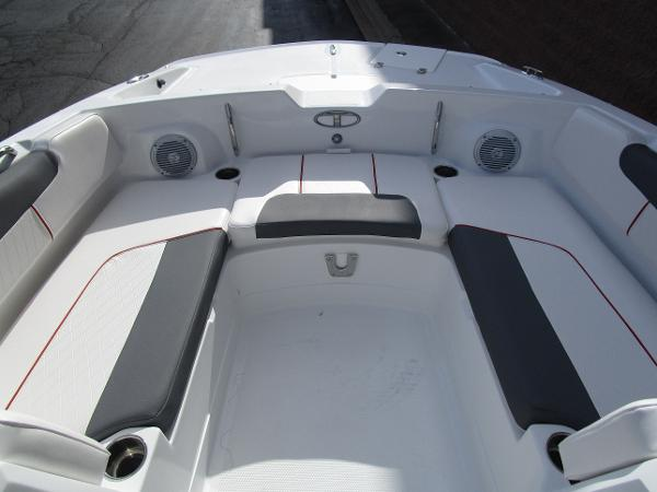 2021 Tahoe boat for sale, model of the boat is 2150 & Image # 16 of 24