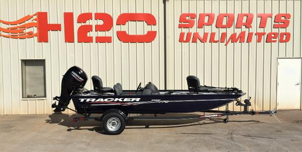 2021 Tracker Boats boat for sale, model of the boat is Pro 170 & Image # 1 of 50